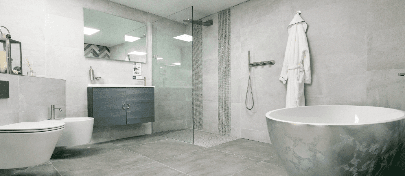 5 Reasons Why Wet Rooms Are The Uk S Hottest New Bathroom Trend Npm